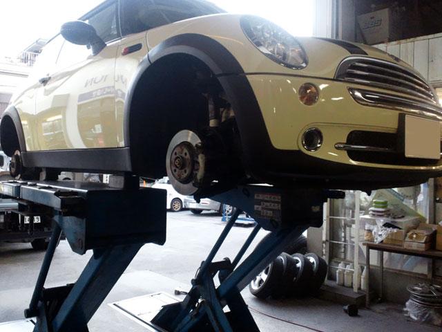 一般修理、車検、カスタムはエイツ